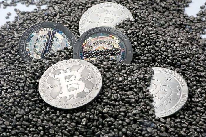 cryptocurrency9 گفتگوی خواندنی با کارشناس ارز دیجیتال؛ از سود و زیانهای عجیب در بیت کوین تا ارز دیجیتال ملی
