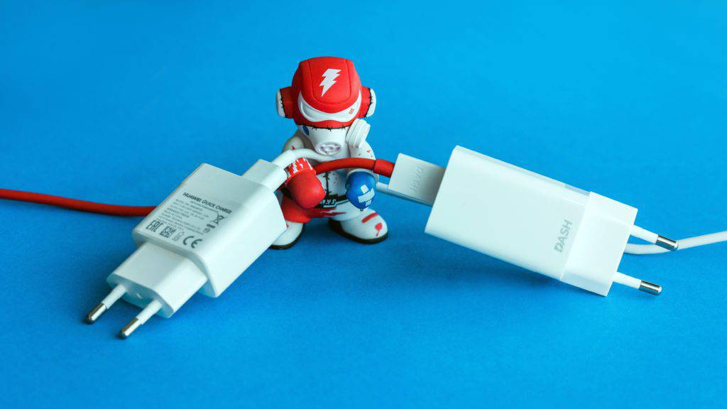 AndroidPIT-honor-9-vs-oneplus-5-1441-1024x576 چگونه باتری گوشیهای اندرویدی را سریعتر شارژ کنیم؟