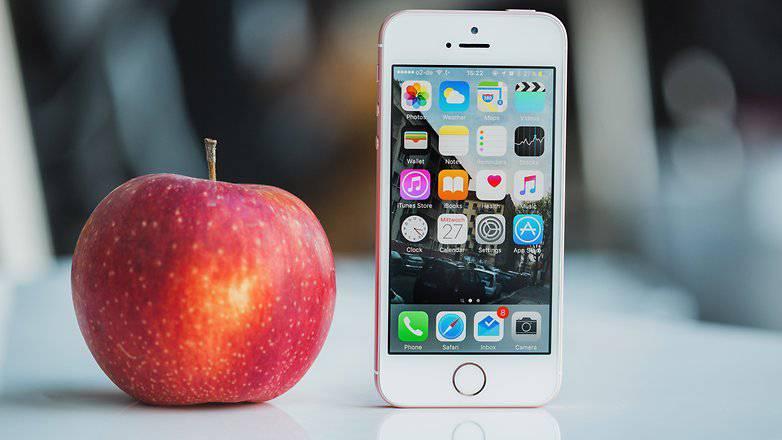 AndroidPIT-iPhone-SE-4291-w782 5 موضوع مهمی که اپل در جریان کنفرانس خود به آنها اشاره نکرد!