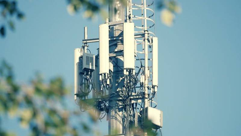 BTS-antenna-secure-distance-03 شبکه 6G با پهنای باند 1 ترابیت بر ثانیه خواهد آمد؛ چینیها پیشگام نسل جدید ارتباطات!