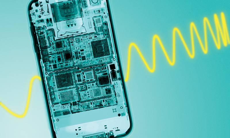 CR112K15-iPhone-x-ray_lightray-750x450 به یک دلیل ساده امواج رادیویی شبکههای موبایل سرطانزا نیستند