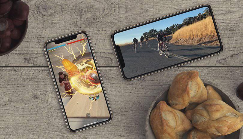 iphone-xs-xs-plus-02-w810h462 ای سیم (eSIM) چیست و چه مزیتهایی دارد؟