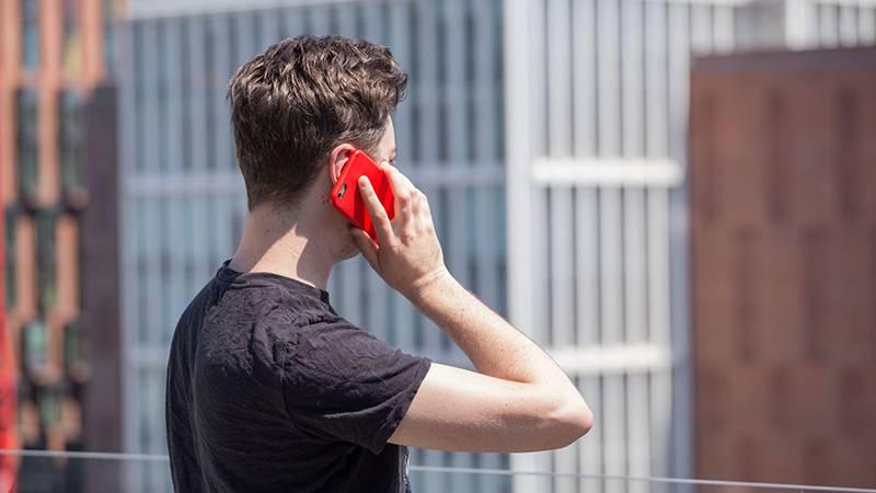 phone-radiation-study-art-2 ایستگاه موبایل BTS چیست و چگونه کار میکند؟