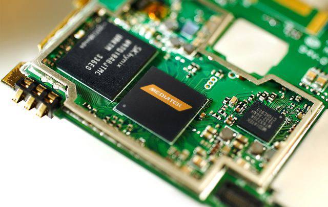 Battery هر آن چیزی که باید در رابطه با محتویات درون گوشیهای هوشمند بدانید!