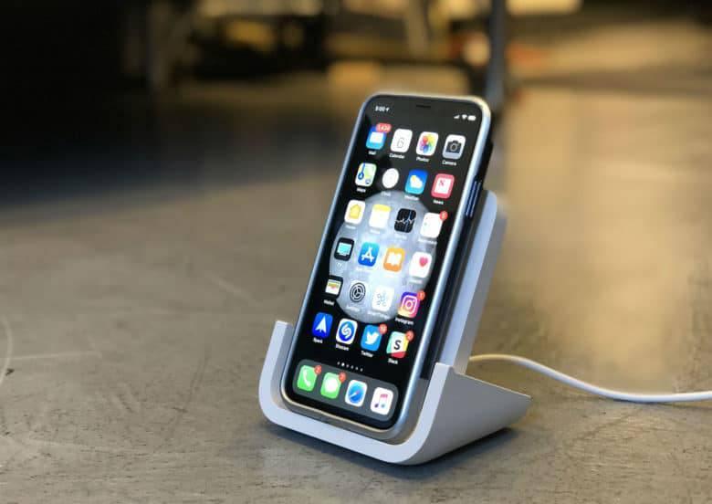 Logitech-Powered-wireless-charger-780x552 آیا شارژ بیسیم گوشیهای هوشمند واقعا یک ویژگی کاربردی است؟!