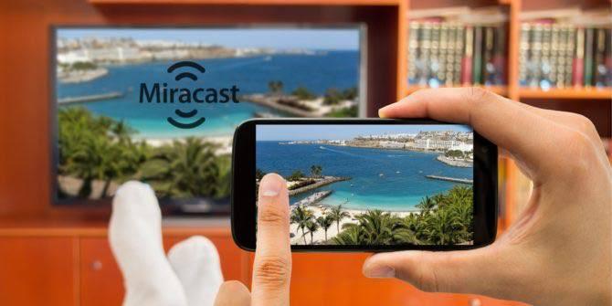 Miracast-Chromecast-Alternative-Featured میراکست چیست و چگونه کار میکند؟