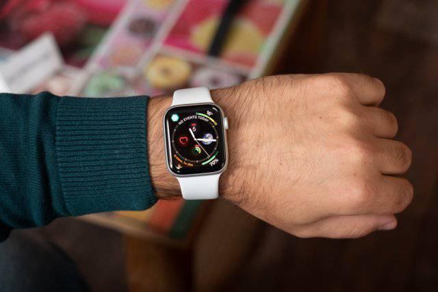 Apple-Watch-Series-4-ECG-feature-to-be-enabled-in-WatchOS-5.1.2-update به زودی قابلیت الکتروکاردیوگرام بر روی دیگر مدلهای اپل واچ نیز عرضه میشود
