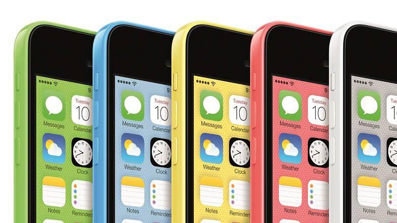 iphone-5c-colors-w782 آیفون XR: شکستی دوباره که اپل سزاوار آن است