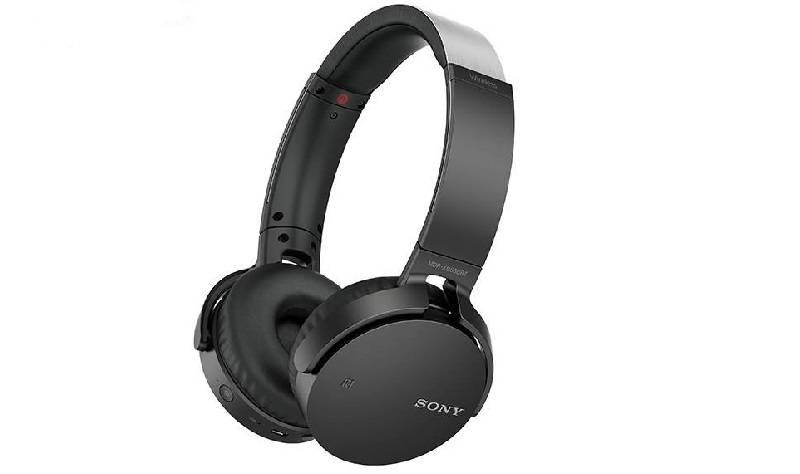 sony-headphones-3 بهترین هدفونهای سونی را بشناسید (آبان ماه ۹۷)