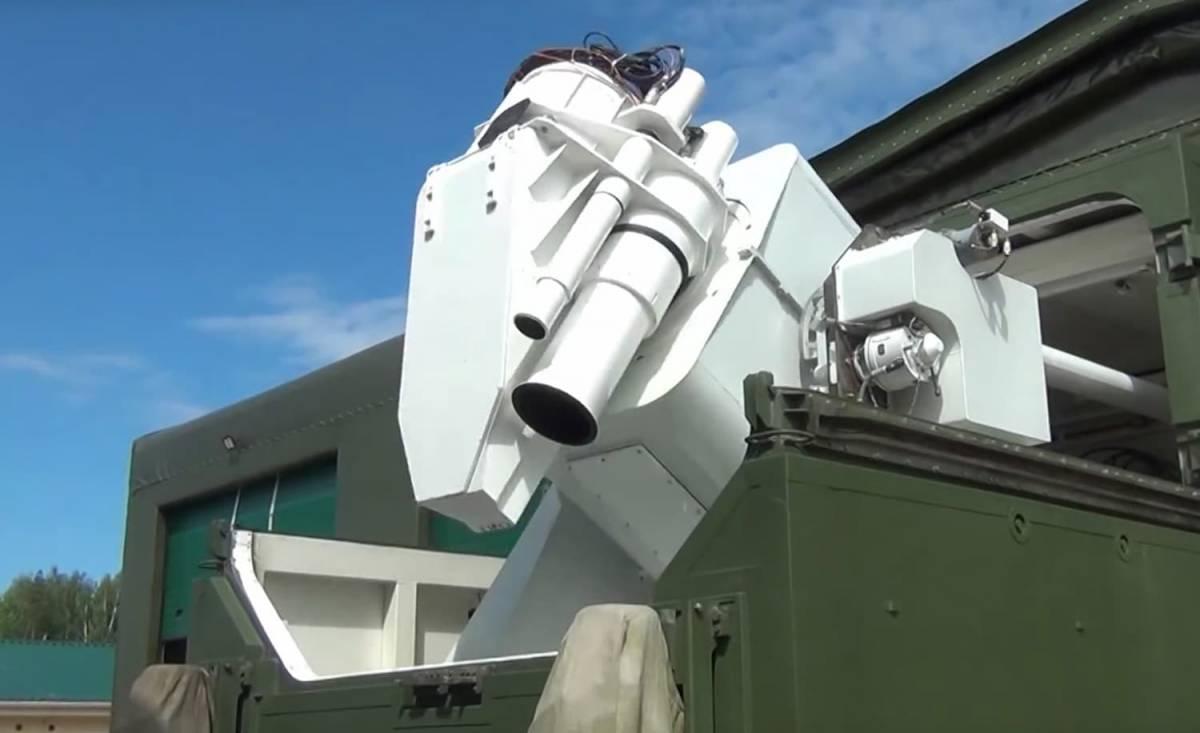 1x-1-1 ارتش روسیه اولین سلاح لیزری خود به اسم Peresvet را عملیاتی کرد!