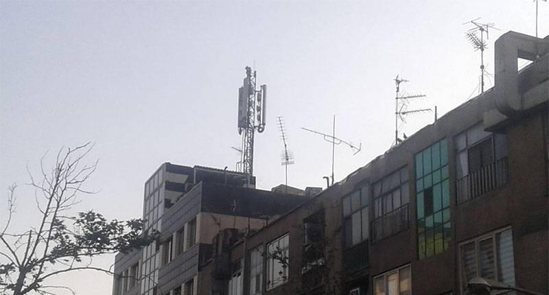 BTS-Antenna-02 یک ارزانی سودجویانه: منازل مجاور آنتنهای موبایل را گران بفروشید