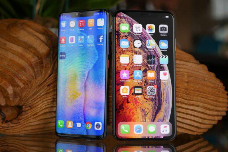 Huawei-Mate-20-Pro-Vs-Apple-iPhone-XS-Max-e1545645901867 5 گوشی برتر سال 2018 مشخص شدند