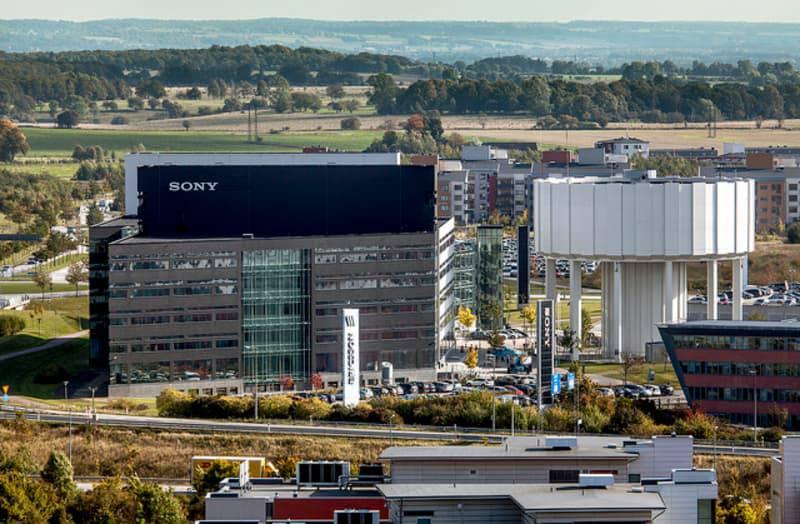 Sony-Mobile-webb-1 سونی قصد دارد یک چهارم از کارمندان مرکز عملیات سونی موبایل در سوئد را اخراج کند!