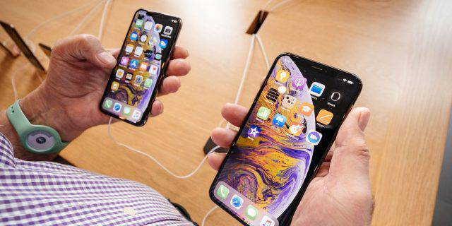 iPhone-XS-and-XS-Max-640x320 5 گوشی برتر سال 2018 مشخص شدند
