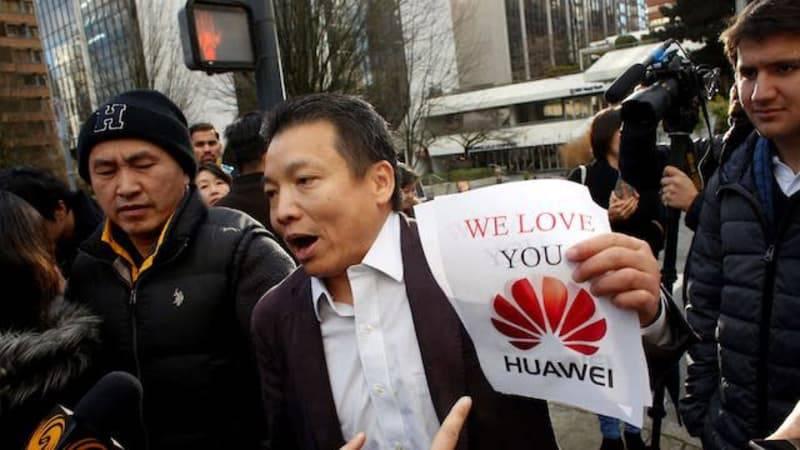 rally قیام شرکتهای چینی برای پشتیبانی از هواوی و تحریم آیفونهای آمریکایی!