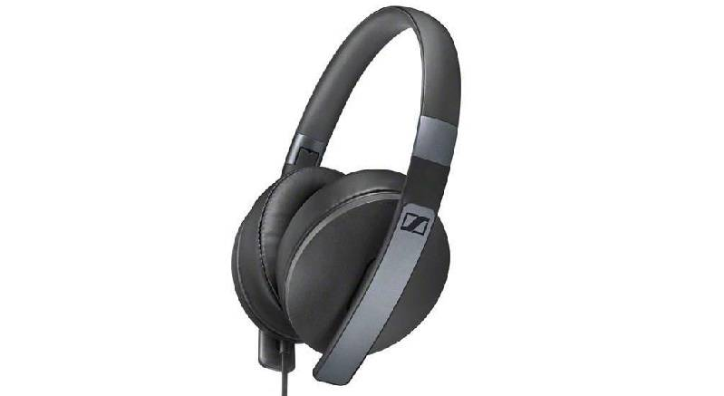 x1_desktop_Noise_Cancelling_Headphones_Mobile_Slider_Sennheiser_01-4 با بهترین هدفونهای سنهایزر آشنا شوید