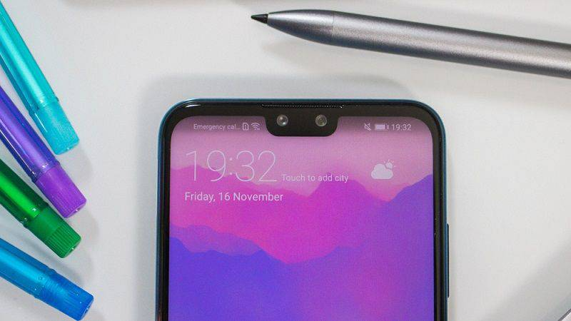 Huawei-Y9-2019-product-shot-2 ۴ دلیل برای اینکه Y9 2019 هوآوی را بخریم