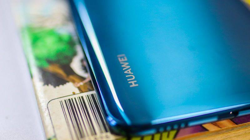 Huawei-Y9-2019-product-shot-7 ۴ دلیل برای اینکه Y9 2019 هوآوی را بخریم
