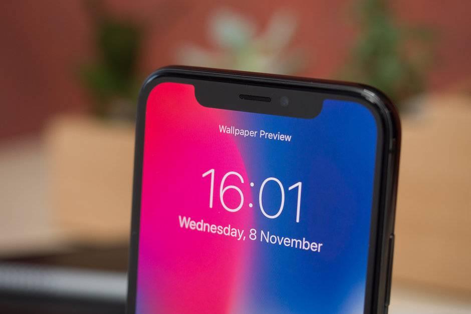 In-display-tech-could-lead-to-smaller-notch-on-2019-iPhone-series بهرهگیری از فناوریهای زیر نمایشگر، ناچ آیفون را در سال 2019 کوچکتر میکند!