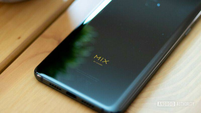 Xiaomi-Mi-Mix-3-Review-8-840x473 ۴ دلیل برای اینکه Mi Mix 3 شیائومی را بخریم