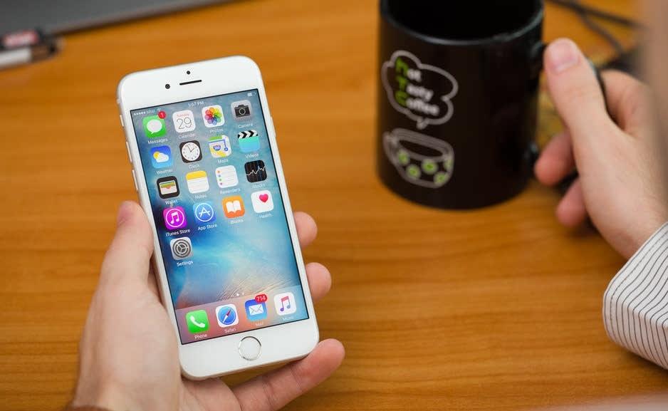 افت عملکرد گوشیهای آیفون اپل