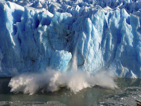 ذوب شدن یخ زمین