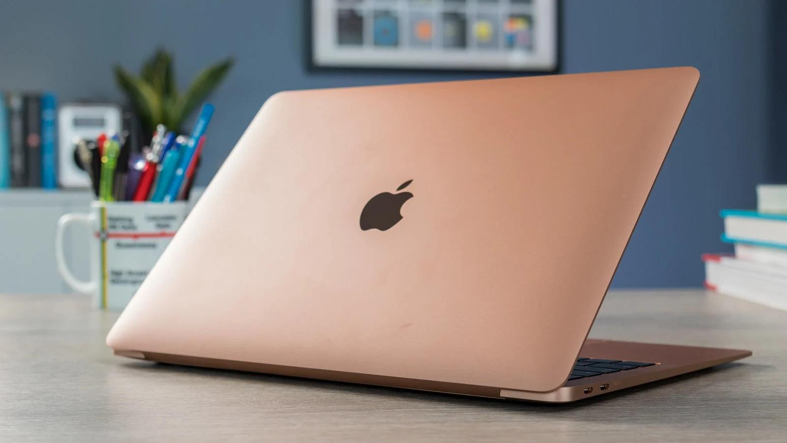 بررسی اولیه لپتاپ Macbook Air 2020